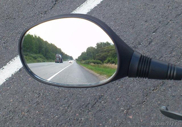 Правильное зеркало CMR для скутера