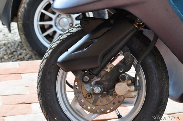 Давление в шинах скутера