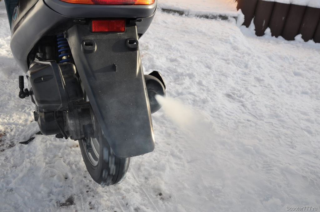 v-skutere-ne-soset-benzin