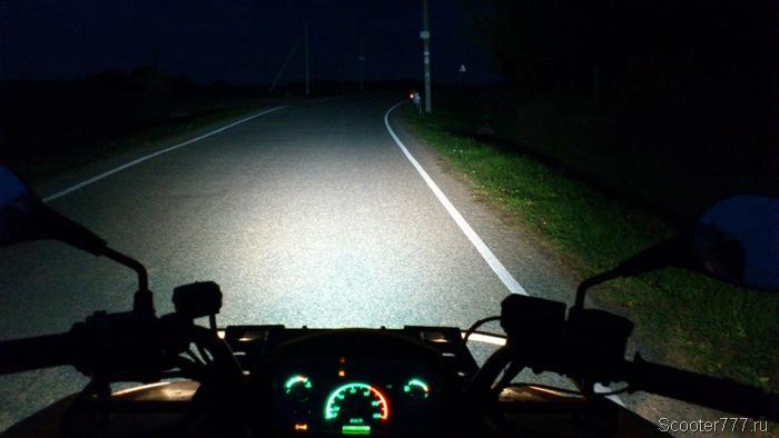 Ночная автодорога
