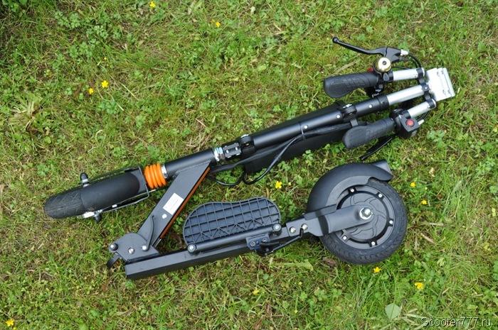 Airwheel Z3T полностью сложен