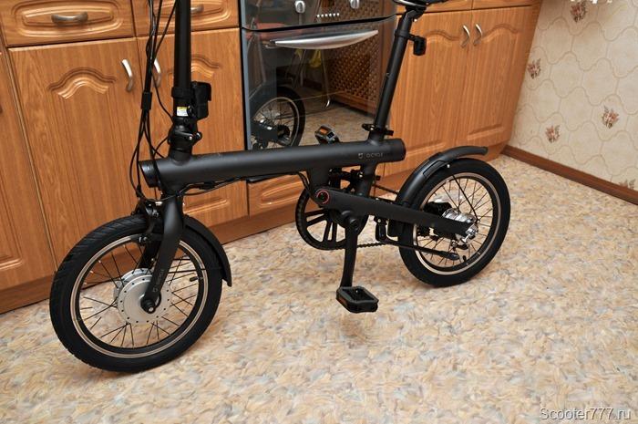 Велосипед Xiaomi QiCYCLE с подножкой и крыльями