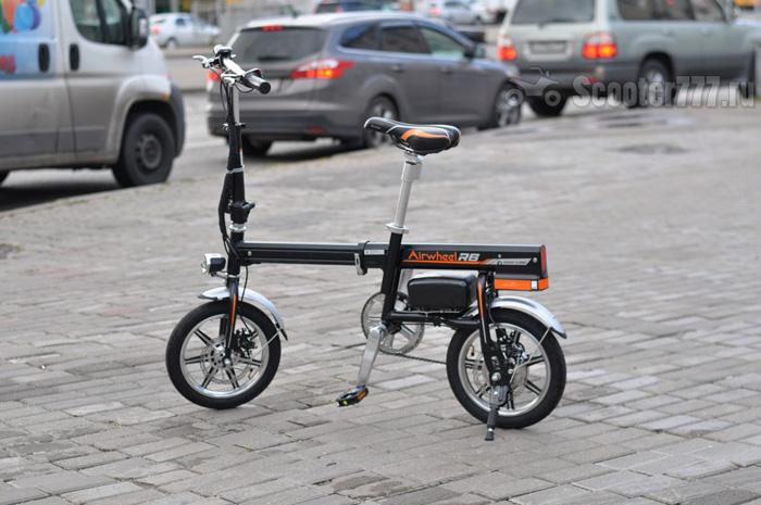 Электровелосипед Airwheel R6 в городе