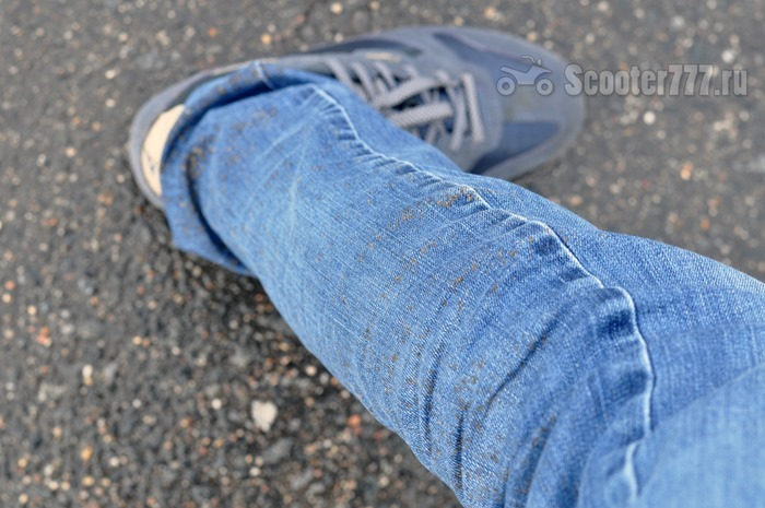 Брызги на ноге