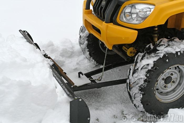 Снегоотвал Rival на квадроцикле CFMOTO