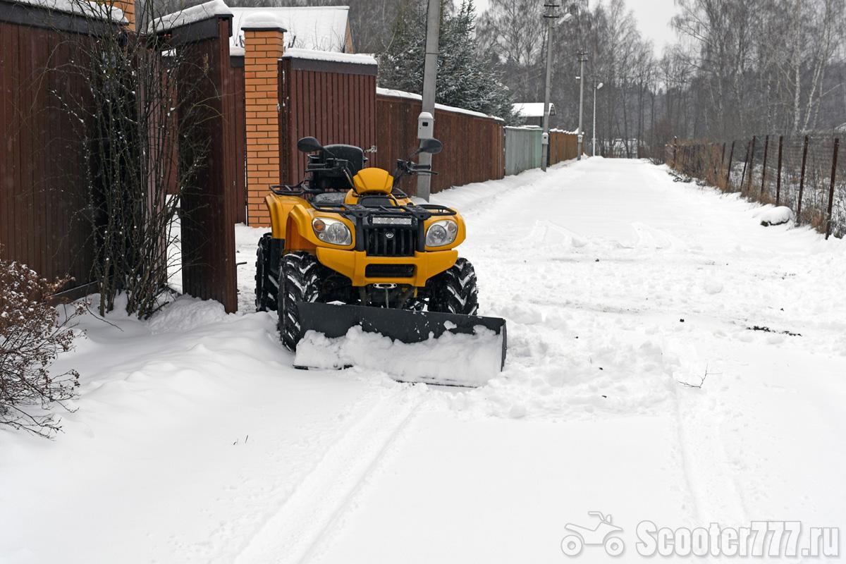 Удобные лопаты для уборки снега