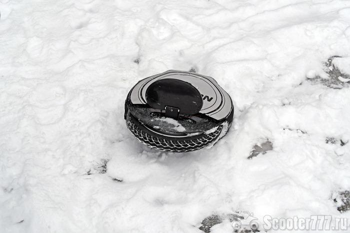 Колесо завалилось на льду