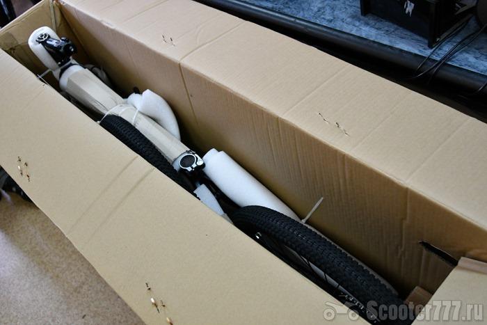 Коробка с велосипедом