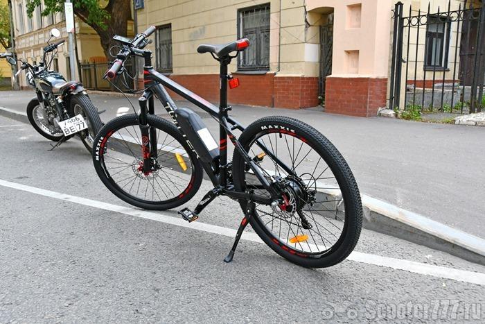 Велосипед Twitter Mantis в городе